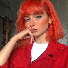 "7,521 curtidas, 58 comentários - Eve 🍑 (@eve.frsr) no Instagram: ""Very red themed Cute pin from @thetiddys xox"""