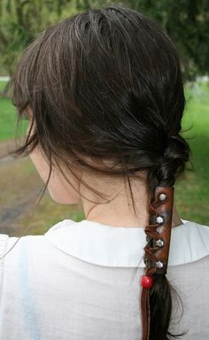 leather braid holder