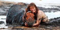She spent 3 hours holding its head above the tide after it got stuck in the mud on a beach in Australia. A horse gets stuck up to his neck in mud on a beach as the tide rises. The 500kg horse, named Astro, was freed with the help of a tractor and harness at Avalon Beach in Geelong, Victoria, Australia.