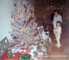 Aluminum Christmas Tree...I wish I still had the one from my childhood!!! ;). Great memories from around that tree!!!