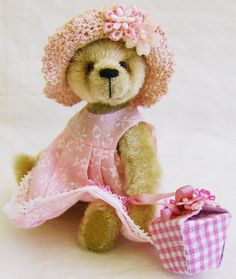 Spring Flower Teddy...I bet she has honey in that gingham box!