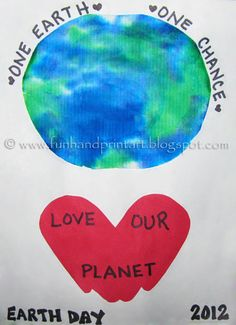 My son & I made this handprint Earth Day craft – great for kids of all ages! Start by cutting a paper towel into a circle shape. Have the child color it with a green and blue marker. My little guy sat at the computer desk while he colored looking at a clipart of an …