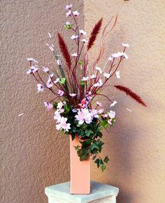 pretty purple arrangement | more purple wedding flower