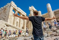 8 Invaluable Lessons Travel Teaches Us - Dunctopia Money And Happiness, Live In The Present, Never Stop Learning, Parthenon, Environmentalist, New Things To Learn, Travel Alone, News Blog, Athens