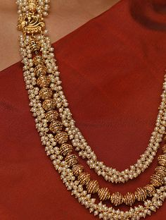 Pearl Necklace Designs, Jewelry Design Earrings, Gold Earrings Designs, Gold Haram Designs, Women's Jewelry, Antique Jewellery Designs, Fancy Jewellery, Gold Jewellery Design, Diamond Jewellery