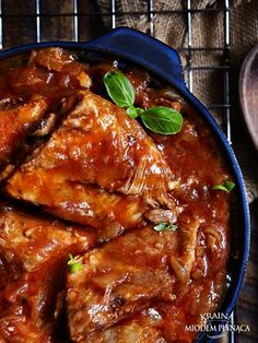 soczyste żeberka miodowe w ketchupie Polish Recipes, Polish Food, Spare Ribs, Smoothies, Bbq, Curry, Food And Drink, Yummy Food, Meat