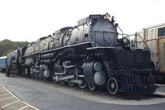 4-8-8-4 Big Boy=Awesomeness.........WOW,.....GREAT VINTAGE PICTURE......CAN YOU FEEL THE POWER OF THIS TRAIN...