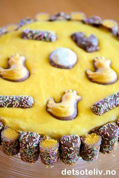 Påskesuksess | Det søte liv Norwegian Cuisine, Norwegian Food, Pastry Art, Yummy Cakes, Gingerbread Cookies, Delish, Sweet Tooth, Food And Drink, Sweets