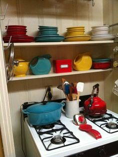 I want my own Fiestaware collection
