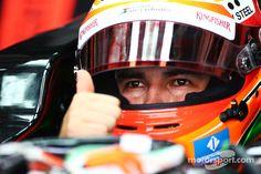 Thumbs up by Checo Pérez - 2014 Malaysian GP FP2