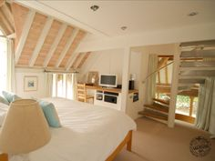 Bedroom Interior with Painted Softwood Timber Ceiling Detail by Carpenter Oak Oak Framed Extensions, Ceiling Design, Ceiling Detail, Cosy Bedroom, Bedroom Ideas, Oak Frame House, Horizontal Blinds, Timber Ceiling, Open Staircase