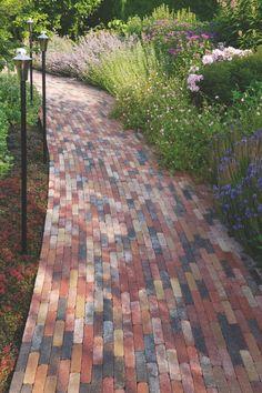 Abbeystones 20x5x7cm bont - Waalformaat & Dikformaat ( getrommeld ) - Sierbestrating - Bestrating.nl