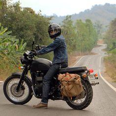 Triumph Scrambler discover #motomood