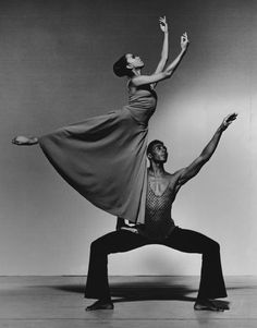 """Elizabeth Roxas-Dobrish with Andre Tyson in """"Revelations"""" during her years with Alvin Ailey American Dance Theater. Contemporary Dance, Modern Dance, Royal Ballet, Dance Art, Ballet Dance, Bolshoi Ballet, Alvin Ailey Revelations, Body Painting, Black Dancers"""
