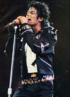 Michael Jackson~ Entertainer dancer singer, The best!