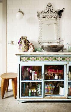 Badezimmer Renovierungsideen: Bad mit Vintage Möbeln
