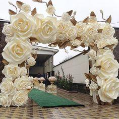 """#weddingdayprepforsomeonesomewhere MAGNIFICENT!!!!  #friday"""
