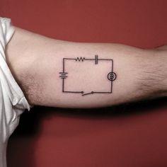 [www.tattoou.co.il :טאטו יו - כל מה שרצית לדעת על קעקועים] --- #electric  #circuit #tattoo #קעקוע# מגל# חשמל
