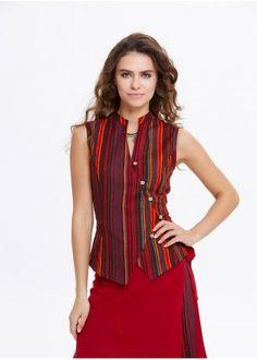 Çizgili Bluz Dress Neck Designs, Blouse Designs, Indian Fashion Dresses, Fashion Outfits, Kurta Neck Design, Kurta Designs Women, Kurti Designs Party Wear, Jackett, Indian Designer Wear