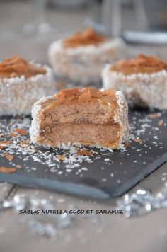 coconut and caramel nutella shortbread slaughter! Famous Desserts, Mini Desserts, Wine Recipes, Food Network Recipes, Algerian Recipes, Biscotti Cookies, Butter, Food Is Fuel, Food Truck