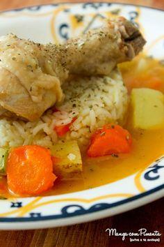 Coxas de Frango Cozidas, para um almoço comfort food. Clique na imagem para ver a receita no blog Manga com Pimenta.