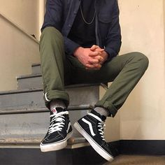 Simple fit for #SelvedgeSunday featuring @vans @3sixteen & @rogueterritory x2!
