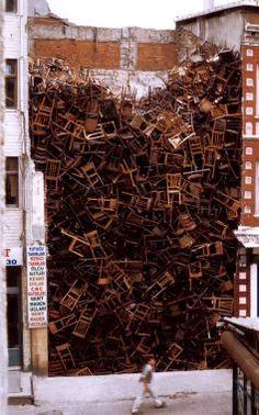 Doris Salcedo: Installation for the 8th International Istanbul Biennial 2003 Photo: Sergio Clavijo