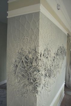Intricate Bas-Relief Sculpture Resembles Intricate Impressionist Paintings - Artist Brings Rooms to Life With Impressionist-Inspired Relief Sculptures on Walls Plaster Art, Plaster Walls, Decorative Plaster, Wall Finishes, 3d Wall, Wall Treatments, Cool Walls, Wall Sculptures, Textured Walls