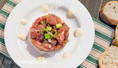 Tonijn tartaar met wasabi mayonaise Dutch Recipes, Low Carb Recipes, Cooking Recipes, Healthy Recipes, Cooking Stuff, Healthy Food, Childrens Meals, Mayonaise, Baked Potato