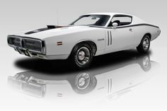 1971 Dodge Charger Super Bee.