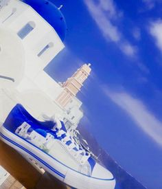 From Santorini with love 💙 Thank you very much for this amazing photo Painted Shoes, Santorini, Cool Photos, Greece, Fair Grounds, Around The Worlds, Explore, Canvas, Amazing