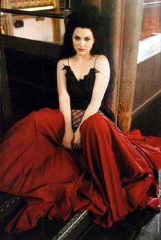 Amy Lee. I appreciate the Goth Style so much