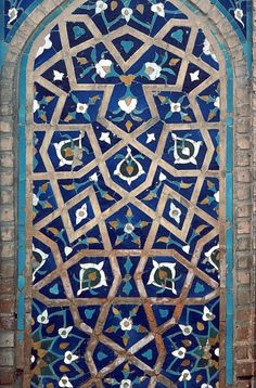 Image TRA 0119 featuring decorated area from the Gur Amir Mausoleum, in Samarkand, Transoxiana, showing Geometric Pattern and Floriated Arabesque using ceramic tiles, mosaic or pottery.