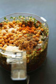 AMAZING 10-ingredient Sun-Dried Tomato Herbed VEGGIE BURGERS! Chickpeas, garlic…