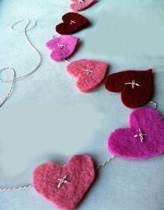 Dye Sweetheart Valentine Garland  | Rit Dye #valentines