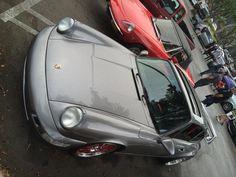 #supercarsunday #la #losangeles #porsche #911 #porsche911 #whaletail #classic #classiccar #classiccarsofinstagram #shelflifeshop #dayoff #nofilter