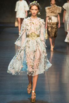 c580f3c61b9d17 Dolce   Gabbana Spring Summer 2014 Ready-to-Wear Collection via Designers  Domenico Dolce   Stefano Gabbana  modeled by Alex Yuryeva