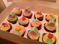 Housewarming Cupcakes by Don't Call Me Cupcake, via Flickr