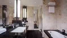 Das Marmorbad der Duplex Suite