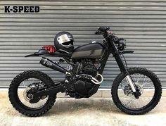 Honda XR250 by @eakkspeed. #xr250 #dualsport #tracker #scrambler #streetsweeper