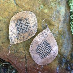 Etched Copper Eternal Knot Earrings / Handmade by EarthArtistry