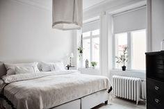 White & other colors West Elm Bedroom, Decor Interior Design, Interior Decorating, Nordic Kitchen, Scandinavian Apartment, Scandinavian Interiors, Warm Bedroom, White Decor, Modern Kitchens