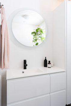 Kotimaiset wc-kalusteet | Valopeili | Unique Home Turku Hana, Mirror, Unique, Furniture, Home Decor, Decoration Home, Room Decor, Mirrors, Home Furnishings