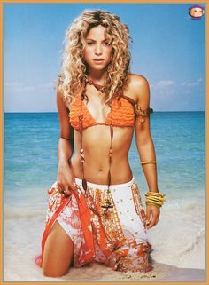 Shakira is my realist body goal. She basically has my body type but thinner and more toned.