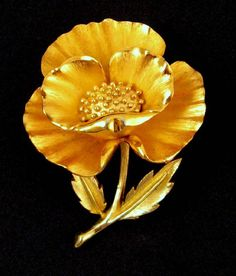 Crown Trifari Gold-tone Layered Flower Brooch