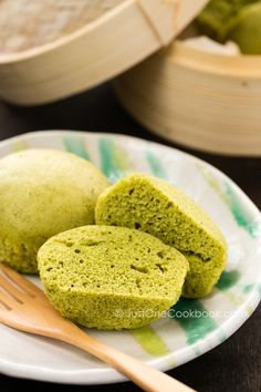 Green Tea Steamed Cake 1 large egg 1 Tbsp. canola oil 1 Tbsp. honey 3 Tbsp plain regular yogurt 1 1/2 Tbsp. sugar 1/2 cup all purpose flour 1 tsp. baking powder 1 tsp. 100% natural green tea powder (matcha powder) Anko (sweet red bean paste) for garnish (optional)