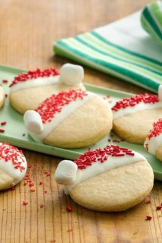 Santa Hat Cookies – The Best Christmas Cookies Christmas Snacks, Christmas Cooking, Noel Christmas, Christmas Goodies, Christmas Program, Christmas Ideas, Santa Cookies, Holiday Cookies, Holiday Treats