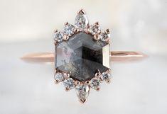 Lotus Ring, Modern Engagement Rings, Engraved Rings, Wedding Bands, Gold Wedding, Or Rose, Making Ideas, Diamond Cuts, Bling