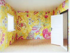 Log Home Living, Scandinavian Home, Diy Dollhouse, Log Homes, Beautiful Homes, Tapestry, Lifestyle, Inspiration, Home Decor
