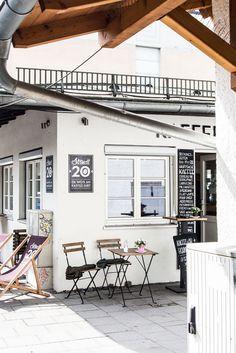 Café und Kaffeerösterei auf dem Elisabethmarkt in Schwabing